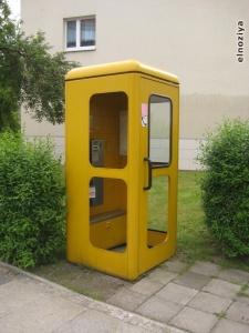 Cabina de teléfonos retro