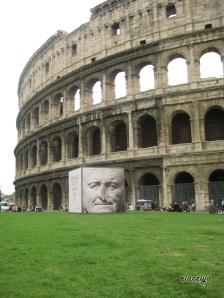 El Coliseo.  Por mucho que imagines, siempre es más grande e impresionante de lo que puedas pensar.